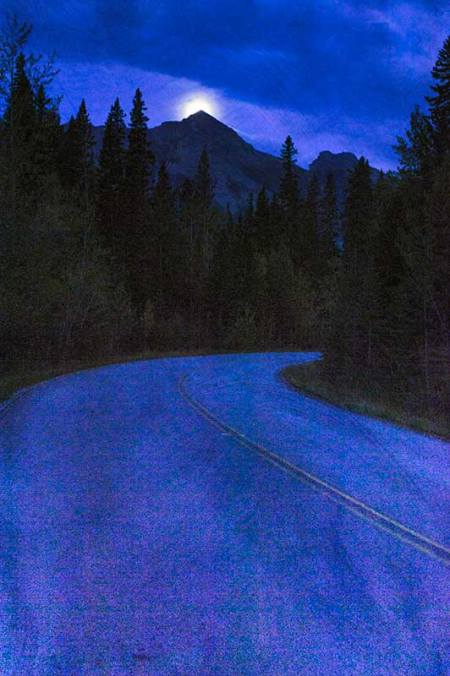 Moonset on Bow Valley Parkway