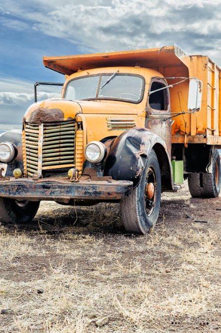 Dump Truck Vertical
